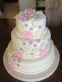 La Pâtisserie Rose: Communion Cake