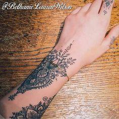 Photo credit to @bettidooley thank you beautiful!  For appointments please email bethanielwilson@gmail.com   #tattoo #tattooer #tattoos #tattooist #tattooed #ladytattooer #dotwork #dotworktattoo #mandala #mandalatattoo #geometric #mehndi #henna #patterns #patternwork #flowertattoo #girlytattoo #cutetattoo #blackwork #blackworktattoo #btattooing #blacktattooart #onlyblackart #uktta #blackndark #blackworkerssubmission #darkartists #wristtattoo #unalome #fingertattoo