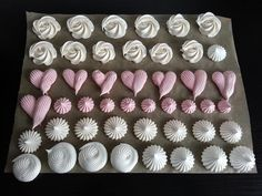 Meringue, Macarons, Biscuits, Muffin, Food And Drink, Cookies, Birthday, Sweet, Recipes