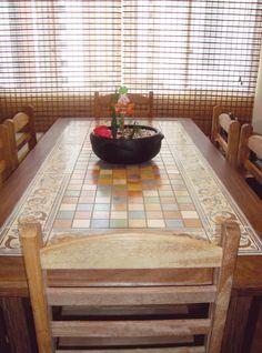 Mesa de mosaico de cerâmica