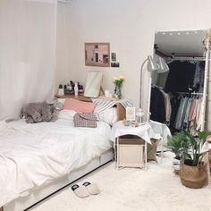 Sublime Tips for painting interior of rv,Painting interior bedroom doors and Interior paint colors small home. Interior Door Colors, Home Interior, Interior Design, Brown Interior, Yellow Interior, Interior Office, Interior Modern, Interior Ideas, Living Room Mirrors