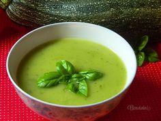 Cuketová polievka s bazalkou