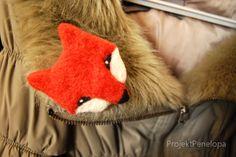 Foxy fetlet  brooch