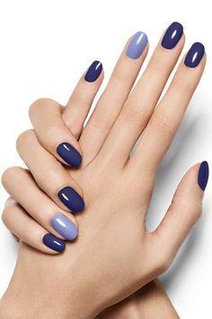 Pop Of Blue - Violet Azure Nail Art Design - Essie Nail Polish Looks Stylish Nails, Trendy Nails, Classy Nails, Simple Nails, Blue Nail Designs, Dark Nails, Blue Gel Nails, Gradient Nails, Holographic Nails