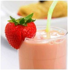 Minty Strawberry Almond Smoothie. Breakfast tomorrow!