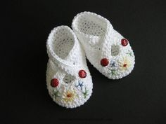 Crochet Baby Booties Lovely Booties by CrackerjackKnits on Ravelry...