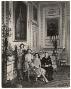 King George VI wife Queen Elizabeth & daughters (future) Queen Elizabeth II & Princess Margaret.