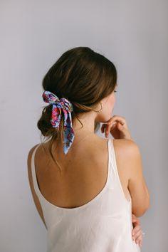 5 WAYS TO STYLE A BANDANA | Quick & Easy Hair Tutorials IG @valerialipovetsky