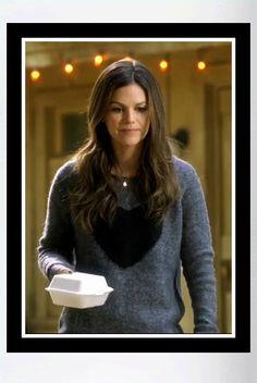 """Buy it: Rachel Bilson's Grey Heart Sweater (seen on """"Hart of Dixie"""")"""