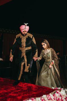 Whimsical Sikh Wedding of a Fashionista Bride & a Dapper Groom! Sikh Wedding, Punjabi Wedding, Wedding Pics, Wedding Lehnga, Sikh Bride, Wedding Albums, Bride Groom, Wedding Reception, Dream Wedding