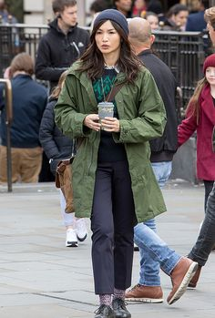 pictame webstagram Gemma Chan was spotted filming her first scenes as Sersi in Marvel's The Eternals outside Piccadilly Circus tube station in London. David Mack, Gemma Chan, Kit Harrington, Piccadilly Circus, Island Girl, Looks Cool, On Set, Fashion Models, The Outsiders