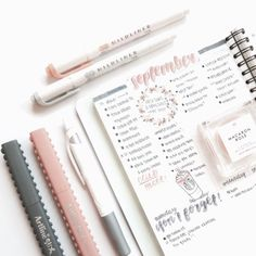 This is such an amazing idea for the bullet journal! Every year I get more organized and I love it! Can't wait to try this idea in my own planner! journal inspiration with light pink and gray illustrations and handwriting Bujo Inspiration, Bullet Journal Inspiration, Journal Ideas, Bullet Journal Notes, Bullet Journal Spread, Tittle Ideas, Cute School Supplies, Journal Aesthetic, Pretty Notes