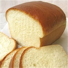 Classic Sandwich Bread: King Arthur Flour - a really solid basic bread recipe. Hard to mess up, flexible, can go in several directions depending on if you vary the baking instructions at all. Sandwich Loaf, Sandwich Bread Recipes, Bread Machine Recipes, Easy Bread Recipes, Great Recipes, Cooking Recipes, Favorite Recipes, Homemade Sandwich Bread, Homemade Breads