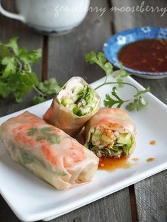 Summer Rolls with Shrimp~ the rolls are easy and delicious