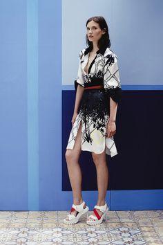 Preen by Thornton Bregazzi | Resort 2015 Collection | Style.com