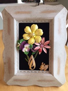 Vintage & Costume Jewelry Framed Flower by NotTooShabbyDesignCo Costume Jewelry Crafts, Vintage Jewelry Crafts, Vintage Costume Jewelry, Vintage Costumes, Handmade Jewelry, Jewelry Frames, Jewelry Wall, Jewelry Tree, Pin Art