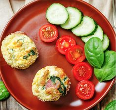 The whole family will enjoy these Bacon and Spinach Egg Muffins. They are a fantastic alternative to the usual boring breakfast or perfect to pop in the lunch box for a Syn free meal. They can also be frozen so[. Slimming World Egg Muffins, Slimming World Recipes, Spinach Egg Muffins, Bacon Egg Muffins, Breakfast For A Crowd, Eat Breakfast, Easy Smoothie Recipes, Diet Recipes, Recipies