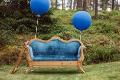 We are off to beautiful Norway today for the amazing wedding of Pauline and Robin, held at Romskog Spa on the July A simple and bohemian style was Nordic Wedding, Beautiful Norway, Order Of The Day, Wedding Store, Vintage Sofa, Classic Wedding Dress, Wedding Balloons, Simple Weddings
