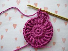 Háčkovaná bekovka se šiltem. :: . Crochet Necklace, Fashion, Moda, Fashion Styles, Fashion Illustrations
