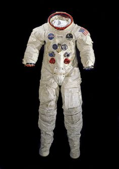 7f4840d845e9 This spacesuit was worn by astronaut Neil Armstrong