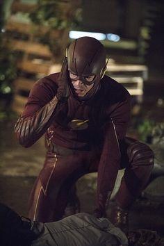 BuddyTV Slideshow | 'The Flash' Episode 2.2 Photos: Meet Jay Garrick