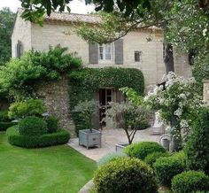 49 Wonderful Italian Garden Design Decorating Ideas - Page 4 of 49 Italian Garden, Italian Villa, Italian Patio, Italian Courtyard, French Villa, Beautiful Gardens, Beautiful Homes, Beautiful Beautiful, Amazing Gardens