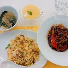 麻婆なす 肉そぼろ炒飯 海老ワンタンスープ マンゴープリン - 35件のもぐもぐ - 肉そぼろ使い回しご飯 by hanakohanako05