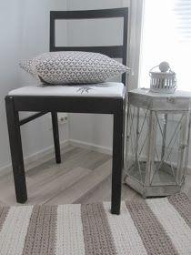 Thelma`s: Virkatut matot Nightstand, Entryway Tables, Polka Dots, House, Furniture, Crotchet, Home Decor, Crochet Decoration, Crochet Carpet