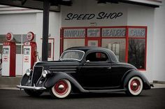 1936 Ford Deluxe Three-Window Custom Coupe