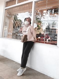 Simpel outfit for hijab of the day fashion Ootd, Outfits, Fashion, Moda, Suits, Fashion Styles, Fashion Illustrations, Kleding, Outfit