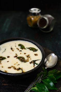 Rajgira ki Kadhi is made using Amaranth flour or Rajgiri ka Atta which is a gluten free flour and can be had for falahar as well. Curry Recipes, Veggie Recipes, Gluten Free Recipes, Cooking Recipes, Fast Recipes, Veggie Food, Vegetarian Food, North Indian Recipes, Indian Food Recipes