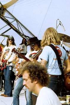 Joe Walsh guest performing with the Eagles - June 1975 @ Arrowhead Stadium, Kansas City MO Eagles Music, Eagles Band, Great Bands, Cool Bands, Joe Walsh Eagles, Bernie Leadon, Best Selling Albums, Randy Meisner, Glenn Frey