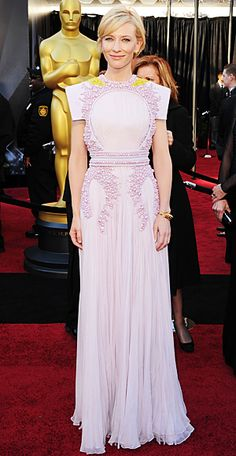 Cate Blanchett... in one of my favorite Oscar gowns ever! (Givenchy)