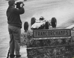 #17 Jim Clark...Team Lotus...Lotus 33...Motor Climax FWMV V8 1.5...GP Belgica 1965