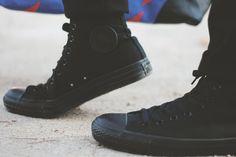 mens all black converse