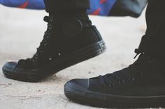 mens all black converse