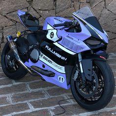 Jessica The Bike Lover ( Ducati Motorbike, Motorbike Girl, Racing Motorcycles, Gp Moto, Power Bike, Motorcycle Engine, Harley, Super Bikes, Street Bikes