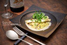 ■■ 料理:スズキのグリル 九条ネギのリゾット添え ■■ 和食器:銅彩釉角皿(大) ■■ 作家:水野幸一