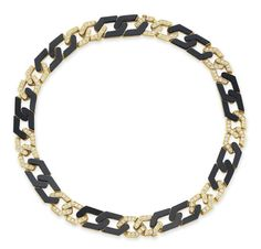 Lot 109 - A DIAMOND, ONYX AND GOLD NECKLACE, BY VAN CLEEF & ARPELS