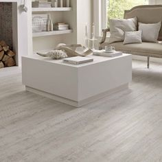 White Painted Oak Karndean Knight Tile Flooring: KP105