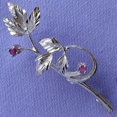 Vintage Small SILVER Amethyst Floral Brooch