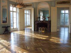 Floor in Paris apartment
