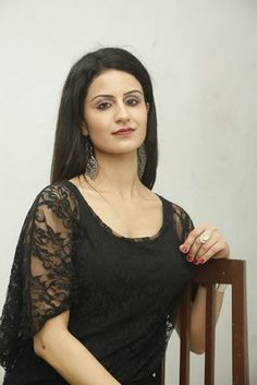 Khushee Latest Stills http://www.myfirstshow.com/gallery/actress/view/15603/.html