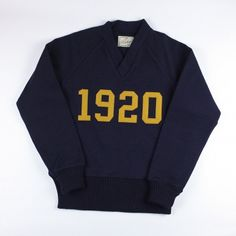 Dehen 1920 Signature V-Neck (Navy/Old Gold)