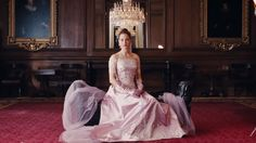 Online Phantom Thread Full Movie In the glamour of 1950s post-war London, renowned dressmaker Reynolds Woodcock and his sister Cyril are at the center of British fashion, dressing....