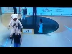 Extremely Realistic Holograms In Dubai Mall… Imagine This Tech. For Fake Alien Invasion