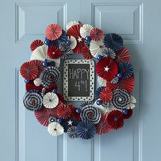 Decoration, Folding Paper Wreath For Celebrating The Independence Day Of America ~ 8 Ideas of Fourth of July Wreath by DIY Patriotic Wreath, Patriotic Crafts, July Crafts, 4th Of July Wreath, Holiday Crafts, Summer Wreath, Flag Wreath, 4. Juli Party, 4th Of July Party