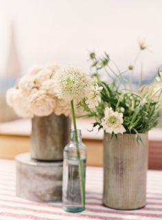 Gorgeous Centerpieces | Design by Lisa Vorce, Photography by Jessica Burke | Style Me Pretty Living