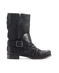 VINCE CAMUTO - COME CHECK THEM OUT AT WRENTHAM OUTLETS!!