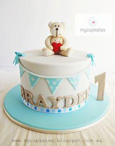 MyCupKates - Cakes, Cupcakes & Cookies: Teddy bear 1st Birthday Cake